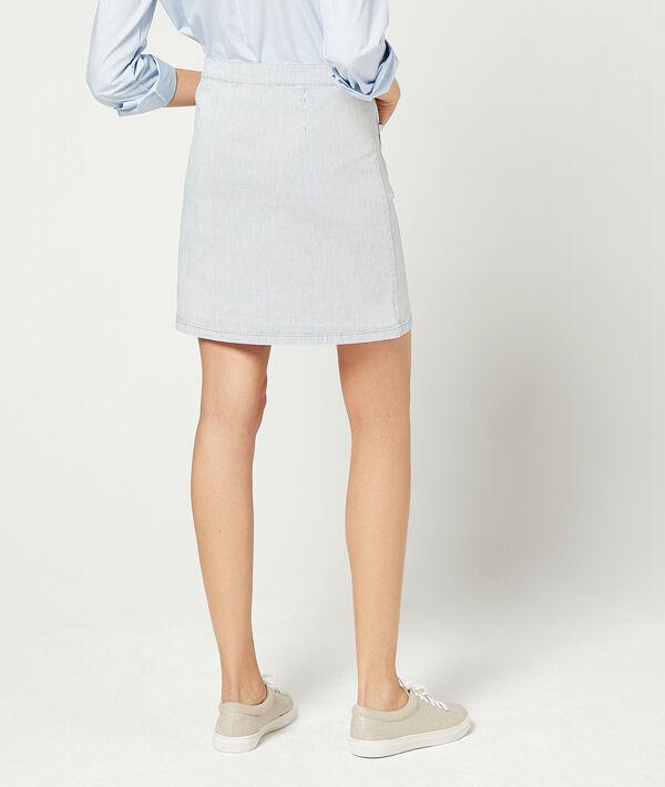 Falda recta con botones