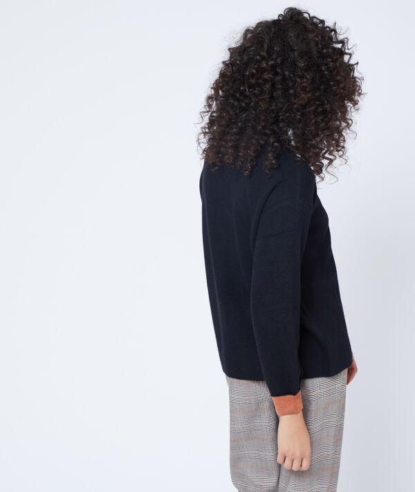 Suéter de cuello de barco punto fino