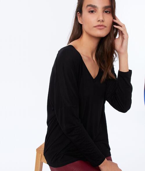 Camiseta manga larga lisa escote en V