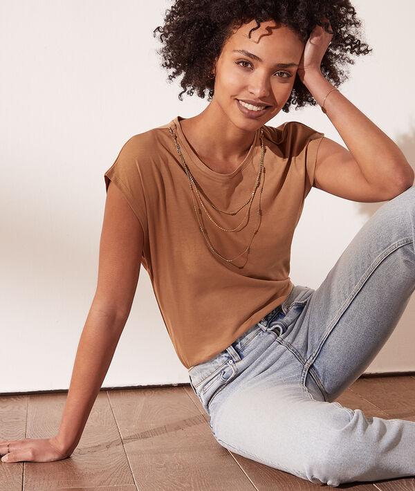 Camiseta con collar extraíble