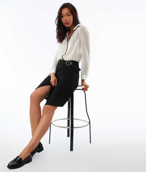Falda con cinturón raya diplomática fibras metalizadas