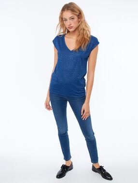Camiseta escote en v fibras metalizadas azul noche.