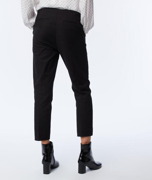 Pantalón capri liso