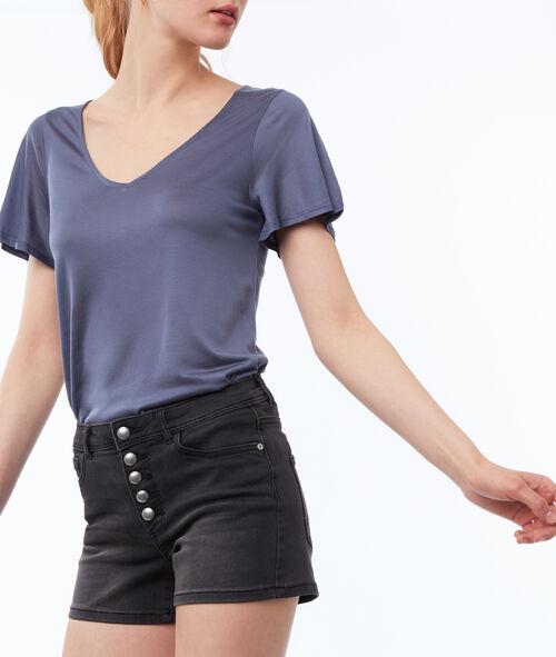 Pantalón corto cierre con botones