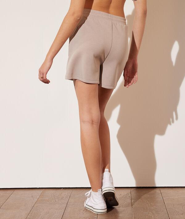 Pantalón corto jogger