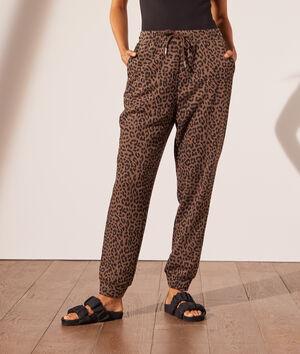 Pantalón jogger leopardo