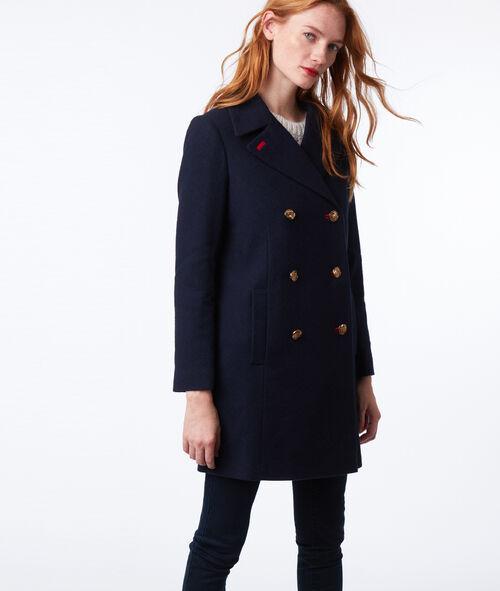 Manteau masculin boutonné