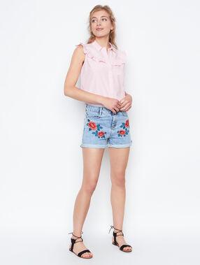 Pantalón corto vaquero bordados florales c.denim.