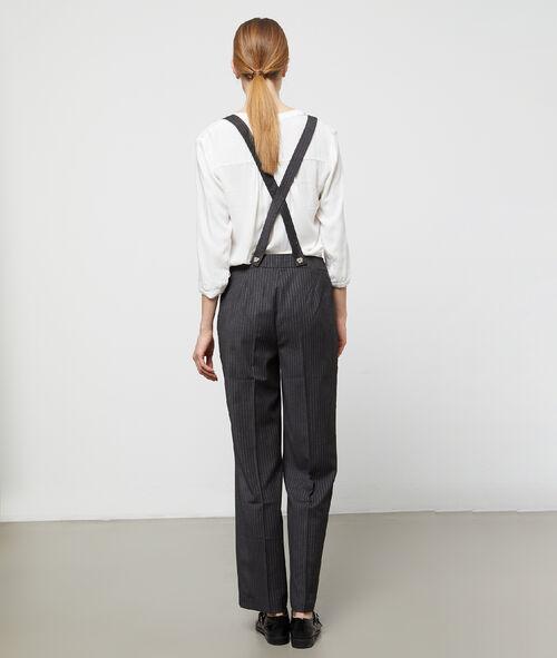 Pantalón ancho con tirantes