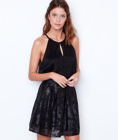 Falda holgada  negro.