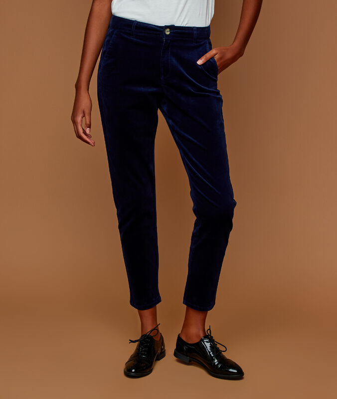 Pantalón de terciopelo 7/8 azul marino.