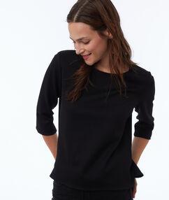 Sweat shirt manches 3/4 noir.