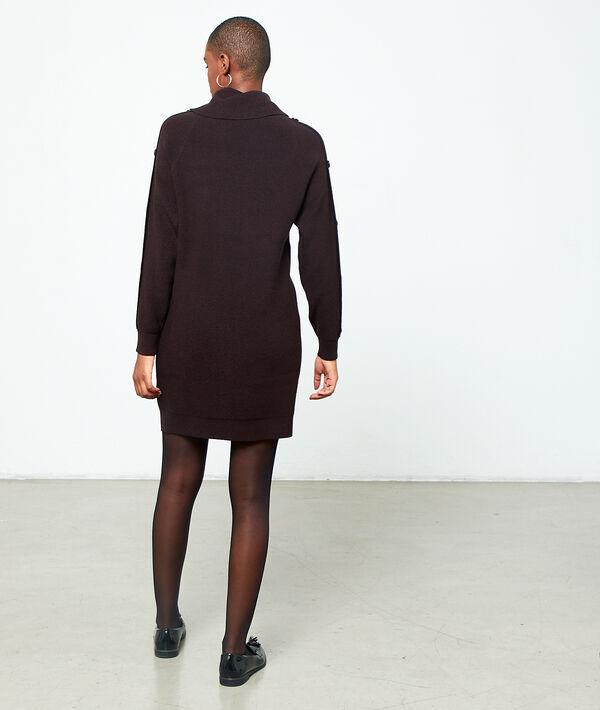 Vestido suéter cuello alto