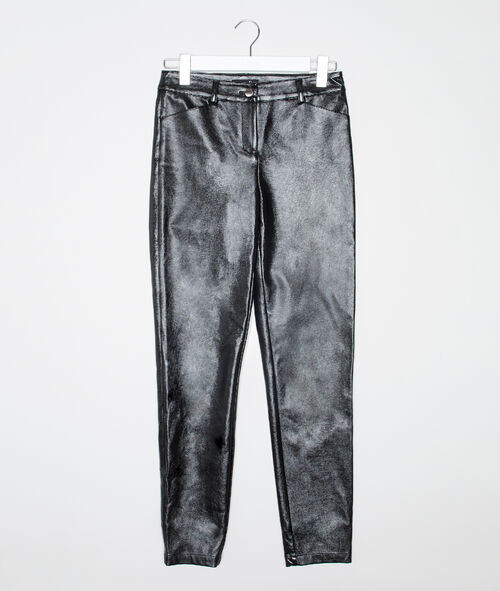 Pantalón ajustado de charol