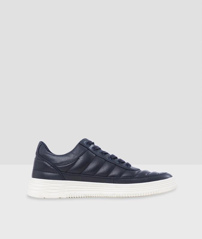 Zapatillas deportivas lisas azul marino.