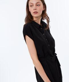Robe chemise nouée à la taille noir.