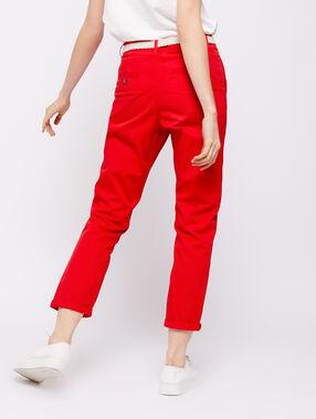 Pantalón con cinturón de algodón bio rojo.