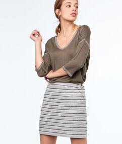 Falda recta estampada a rayas caqui.