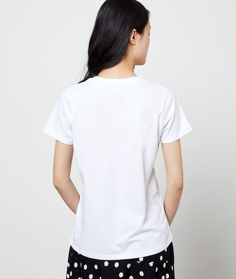 Camiseta bordada de algodón orgánico