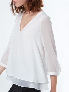 Blusa escote con lazada en la espalda crudo.