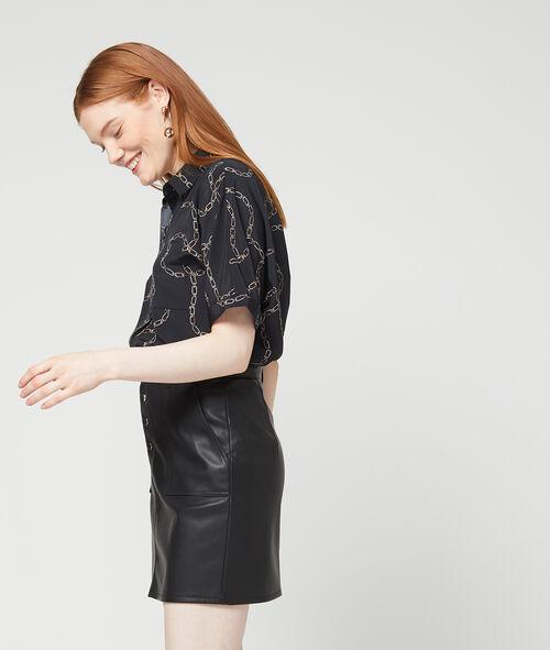 Falda efecto piel con botones
