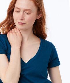 Camiseta algodón escote en v  azul.