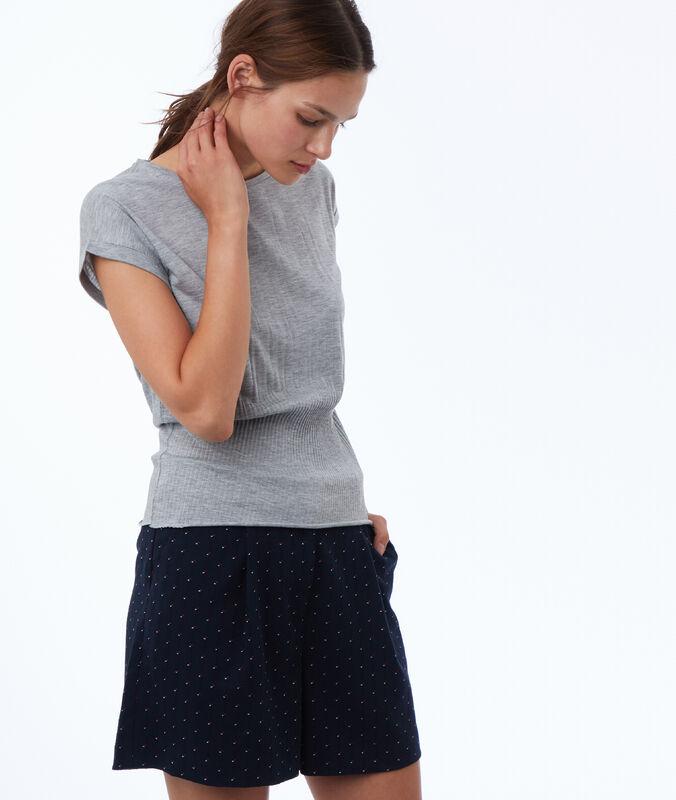 Pantalón corto jacquard  azul marino.