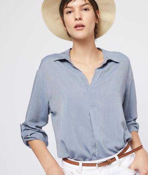 Blusa texturizada cuello en V