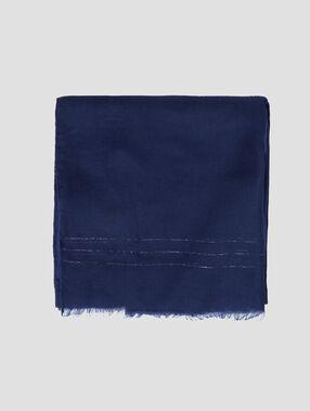 Pañuelo con franjas plateadas azul marino.