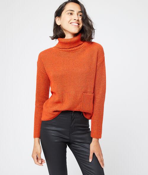 Suéter cuello alto hilo metalizado