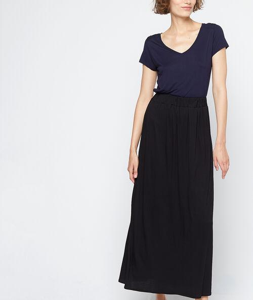 Falda larga vaporosa