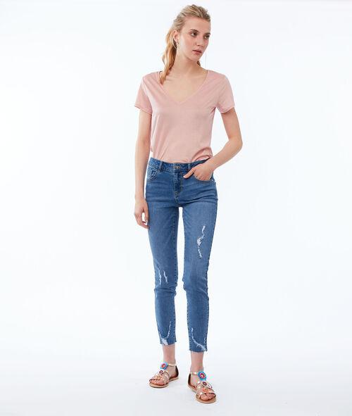 Pantalón pitillo con rotos